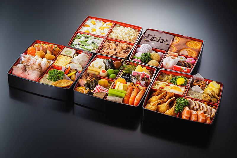 [和洋中+ご飯重・甘味重]五段重ね 4~5人前 | おせち料理予約販売 |2018年新春に松山全日空ホテルのおせち料理はいかがですか?